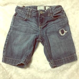 Old Navy Distressed Jean Shorts size 7 regular